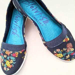 Blowfish Floral Vegan Canvas Slip On Sneakers Sz 7N. Memory Foam insole! Deal!!!